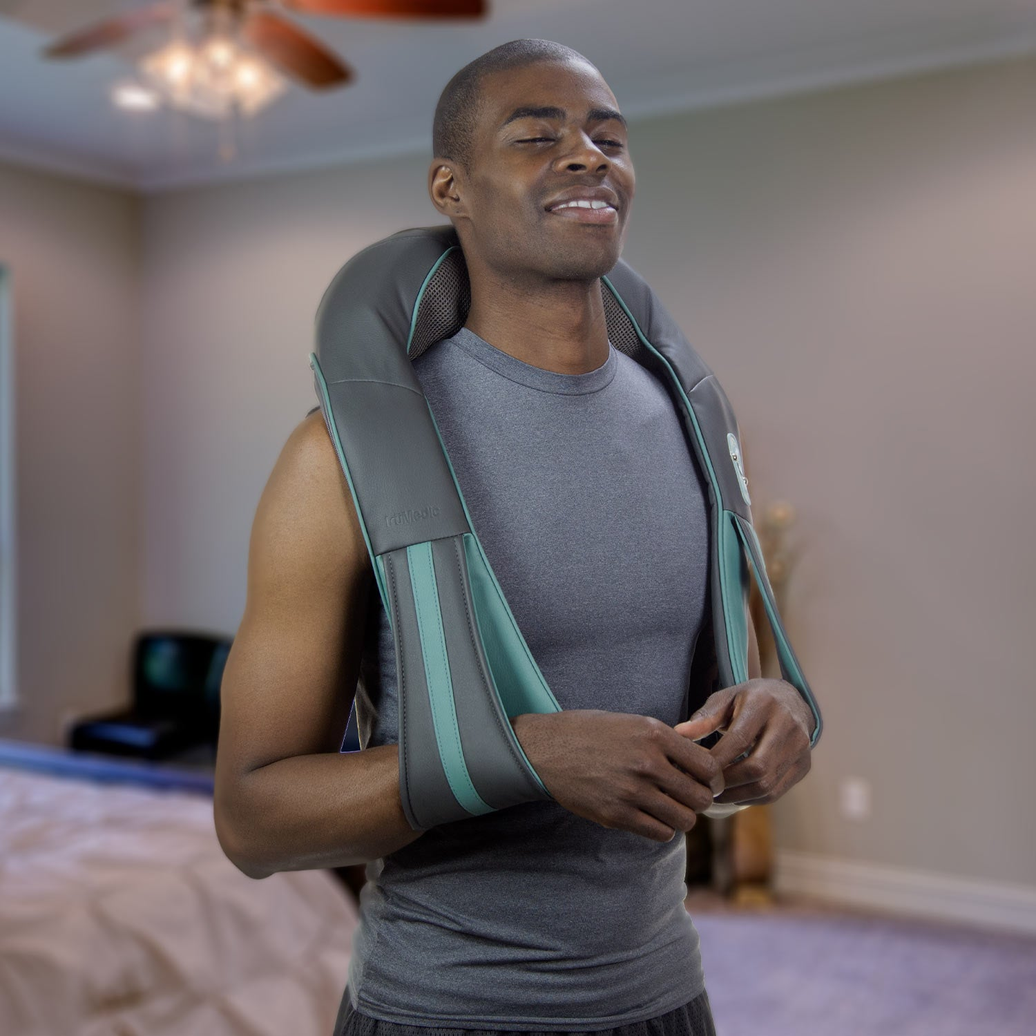 Recertified IS-2000 InstaShiatsu+ Neck and Back Massager with Heat