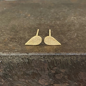 18ct Yellow Gold Pear Studs
