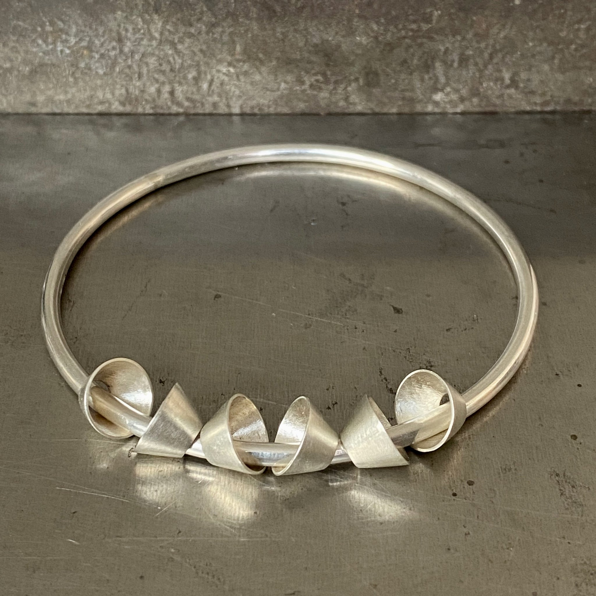 Classic Cone Element Bangle