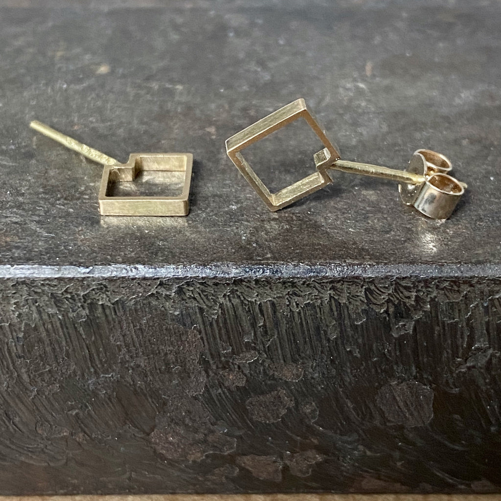 18ct Yellow Gold Squares