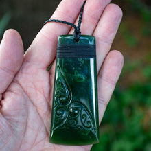 Load image into Gallery viewer, Large Engraved Flower Jade Toki - Zen Gifts NZ