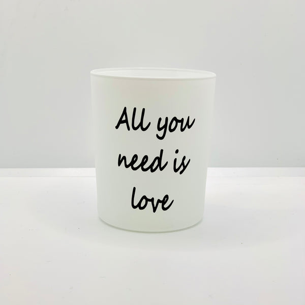« All you need is love »