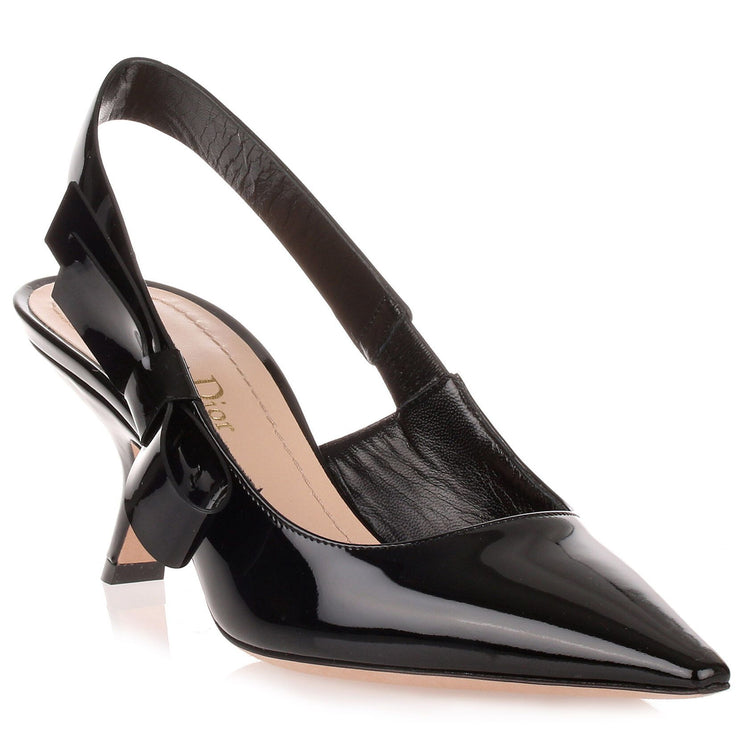 Black patent leather J'adior pump