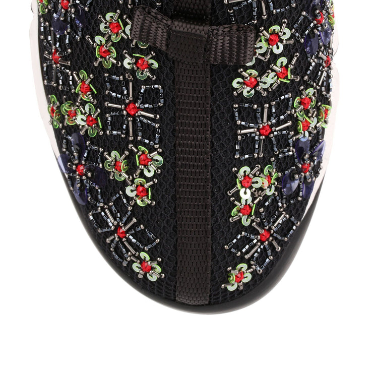 Fusion black embroidered flower sneaker