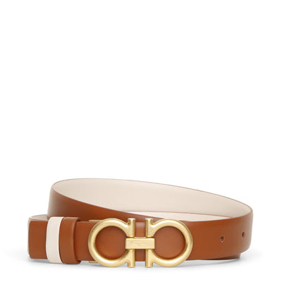 Reversable and adjustable tan cream leather belt