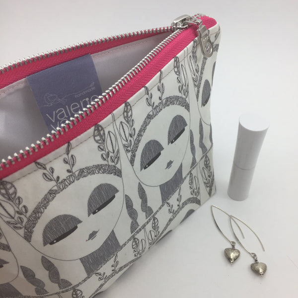 cool make up bag