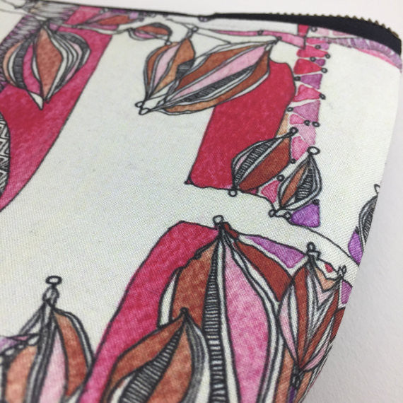 Red Bird Zipper Pouch, handmade bag, luxury travel accessories, bird illustration, silk tassel