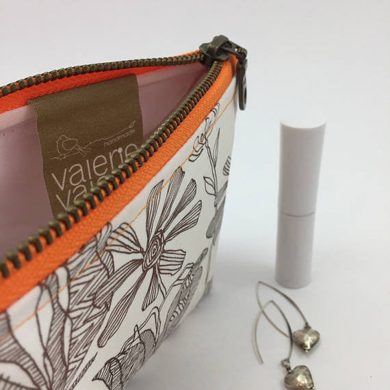 pretty make up bag
