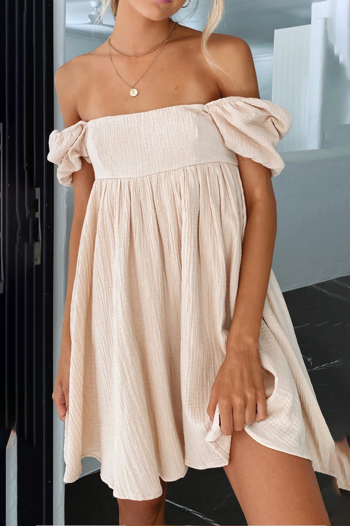 Pleated Dress With Plain Collar