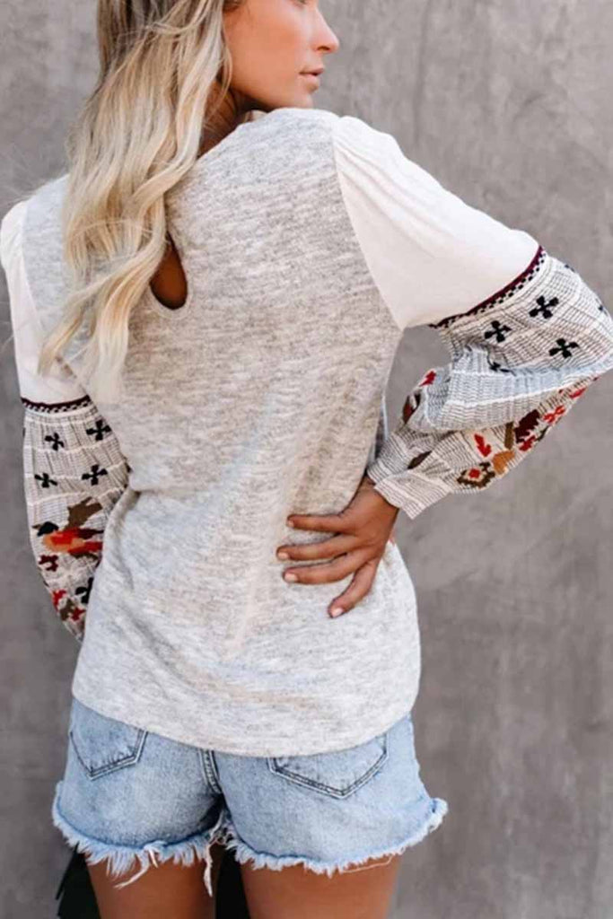 Florcoo Round Neck And Long Sleeves Embroidery Contrast Color Tops
