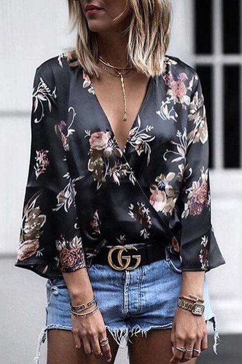 Deep V-Neck Flare Sleeve Print Top