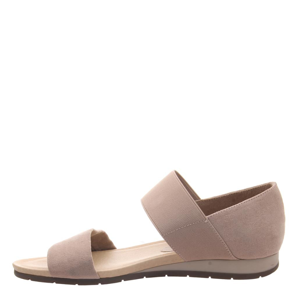 MADELINE - MOTTO in MEDIUM TAUPE Flat Sandals