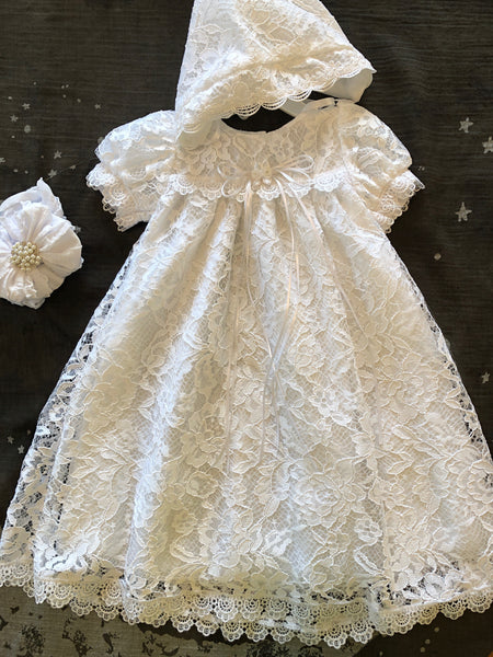 VICTORIA LACE CHRISTENING GOWN WITH BONNET