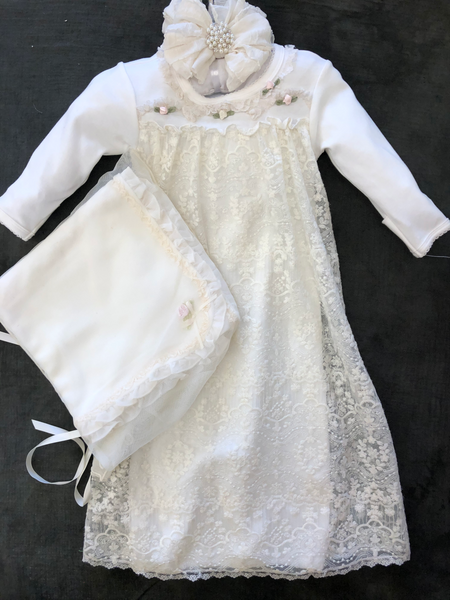 COMING HOME GOWN ECRU LACE