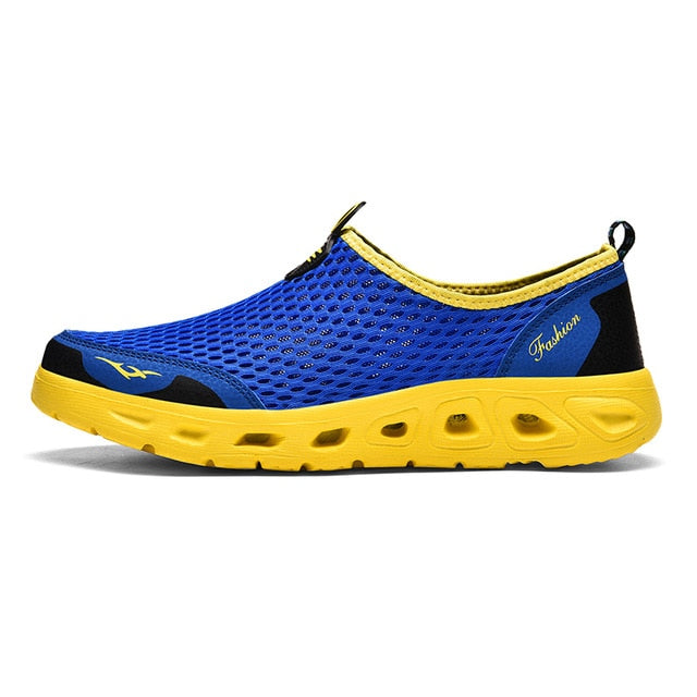 Men Water Shoes Upstream Sneakers Outdoor Hiking Fishing Aqua Beach Shoes Seaside Barefoot Sports Gym Shoes Breathable Plus Size