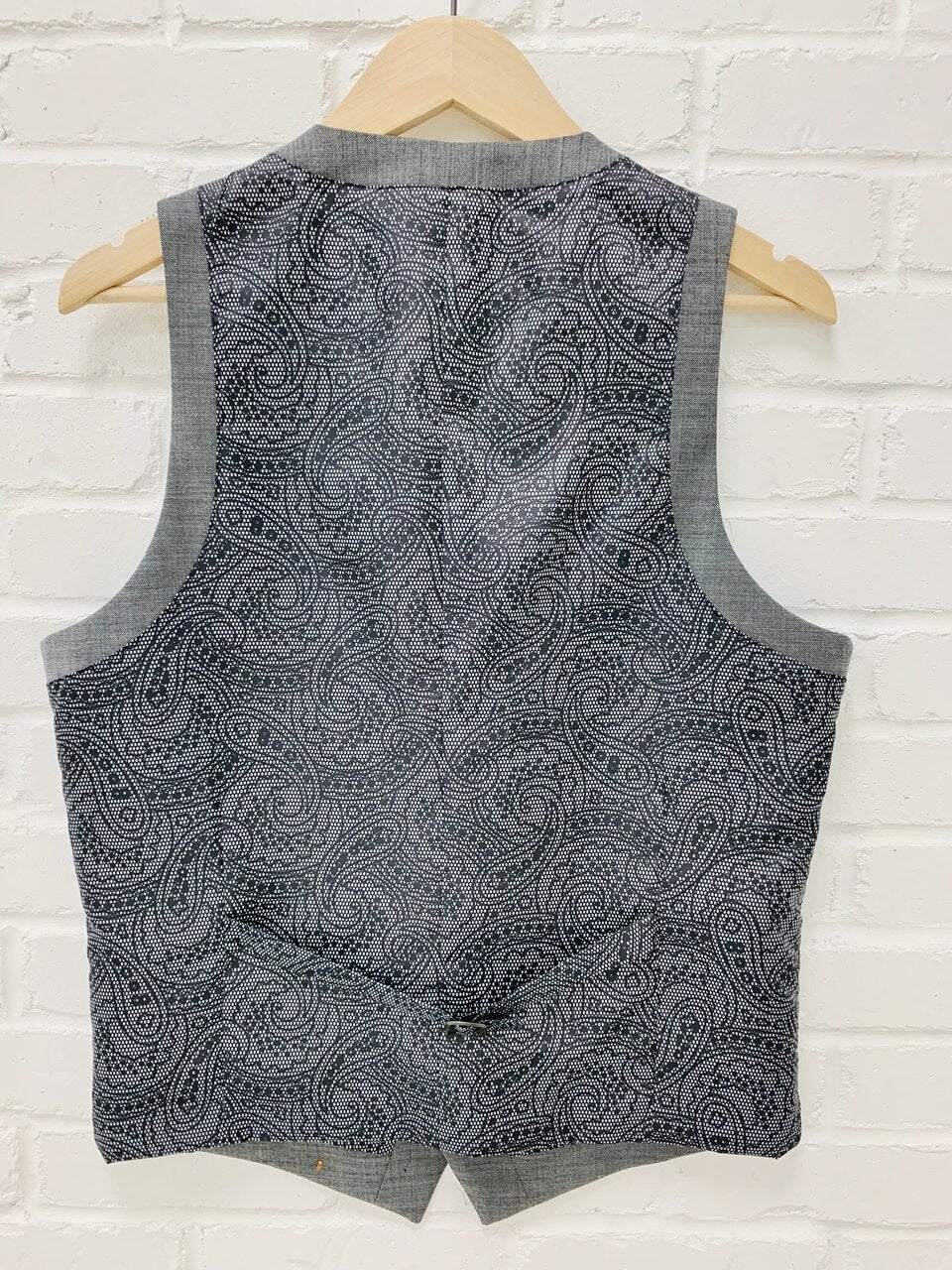 Tallia Sharkskin Vest - Grey