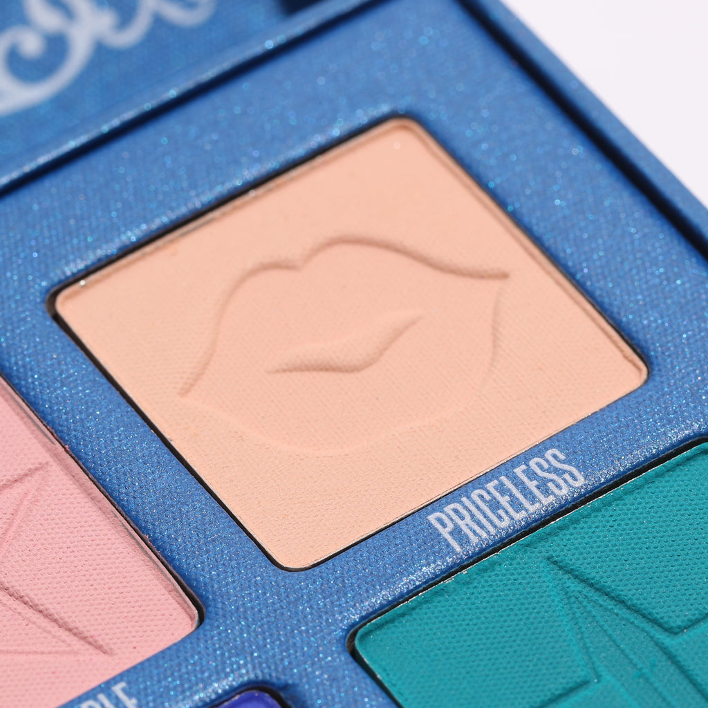 Jeffree-star-cosmetics-palett-blue-blood(10)