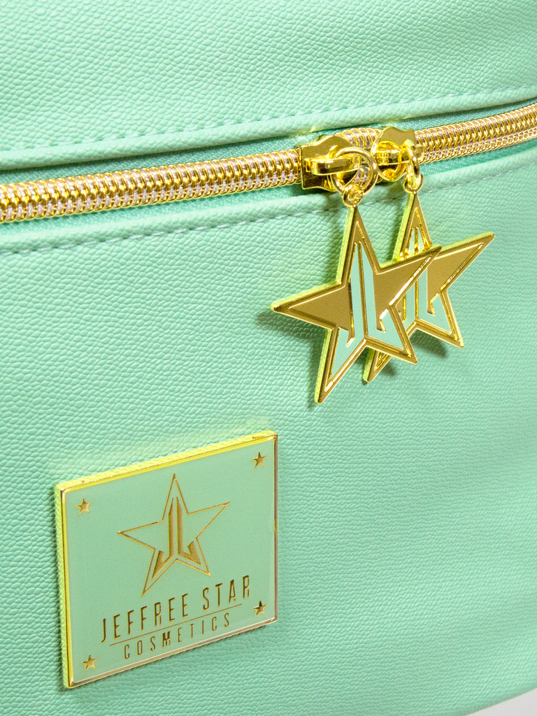 Mint_Travel_Bag_close_up