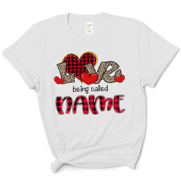 Love being called Nana - Red Plaid Heart | T-shirt