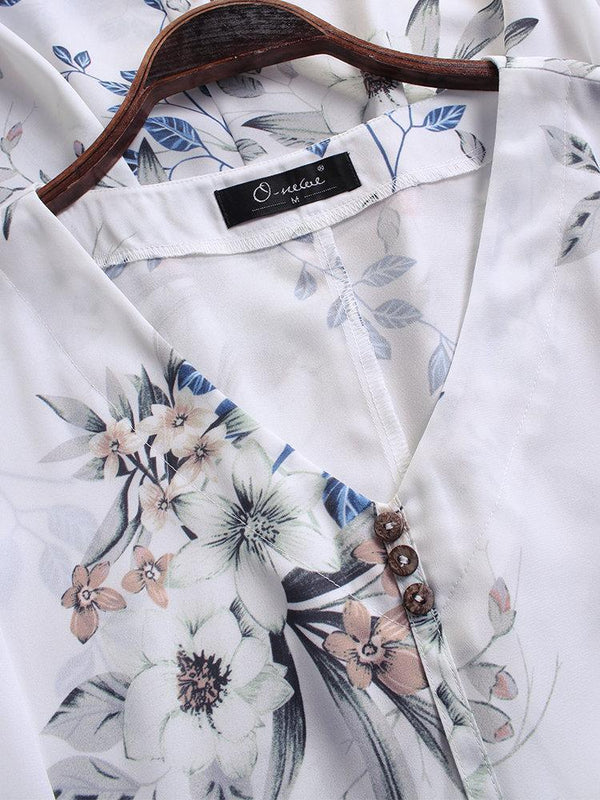 Vintage Print V-neck Short Sleeve Plus Size Blouse with Pockets
