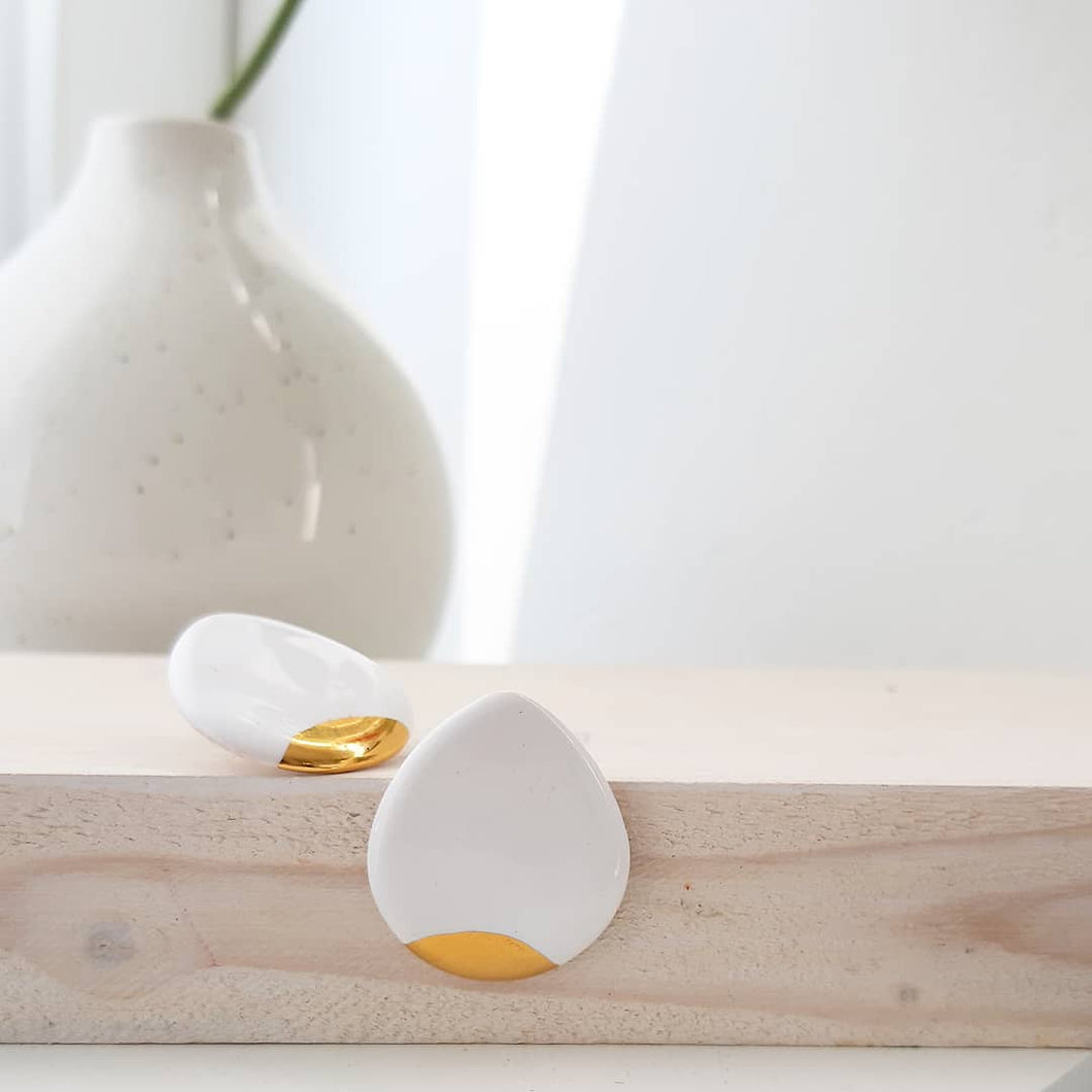 Droplet White Earring & Golden Detail - O I A  ceramics