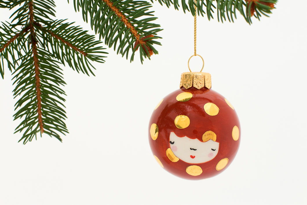 Christmas Bauble in Cinnamon with big Golden Dots - O I A  ceramics