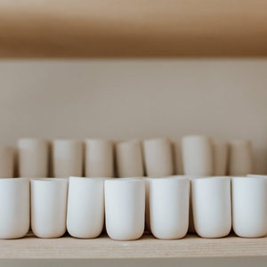 1 x Single Latte Cup, 4.0 dl in Mint & Pink Blush with Golden Lining - O I A  ceramics