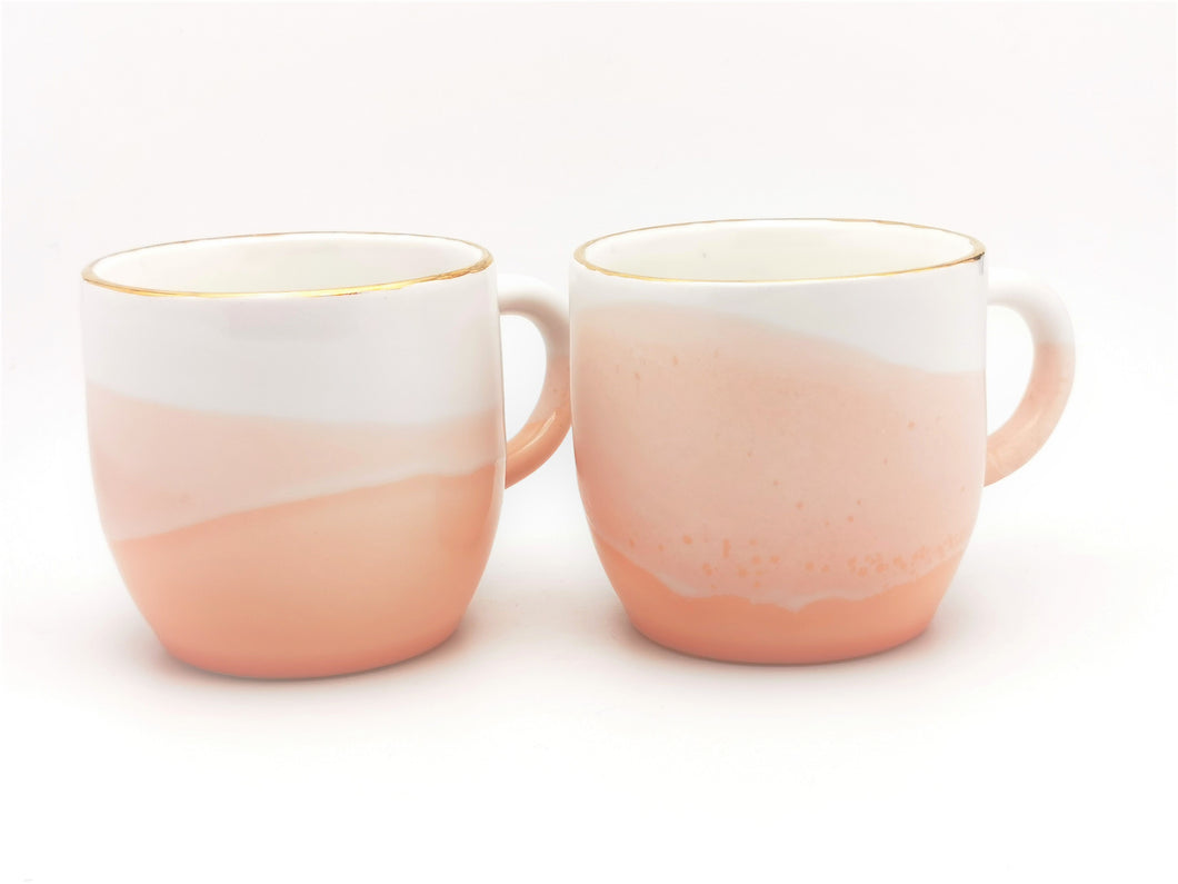 2er-Set Cappuccino Cups, 2.5 dl in White & Peach-Pink with Golden Rim - O I A  ceramics