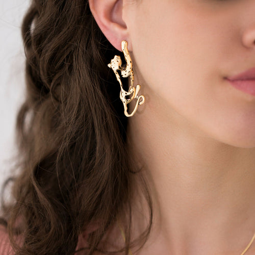 MyJulz - Big Cat Earrings - Unique gold earrings in the shape of a cat