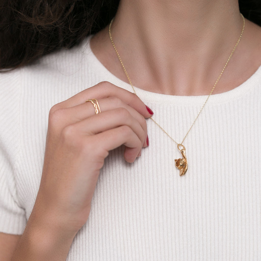 Midi Gold Necklace with an abstract cat pendent