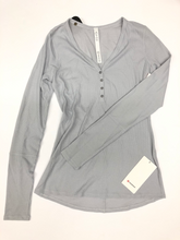 Load image into Gallery viewer, Lulu Lemon Athletic Top Size Large