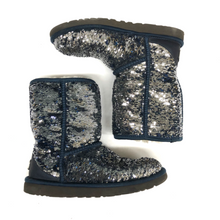 Load image into Gallery viewer, Uggs Boots Womens 6