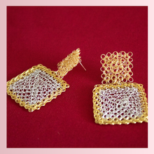 Load image into Gallery viewer, Peruvian Crochet Gold & Silver Earrings