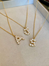 Load image into Gallery viewer, Initial Pendant Pearl Necklace