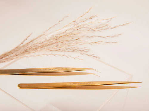 How to Pick the Right Tweezers for You
