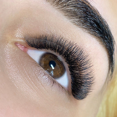 Irina Negrea - London Lash Trainer in Coventry, UK