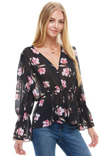 Load image into Gallery viewer, Ruffle Long Sleeve Blouse