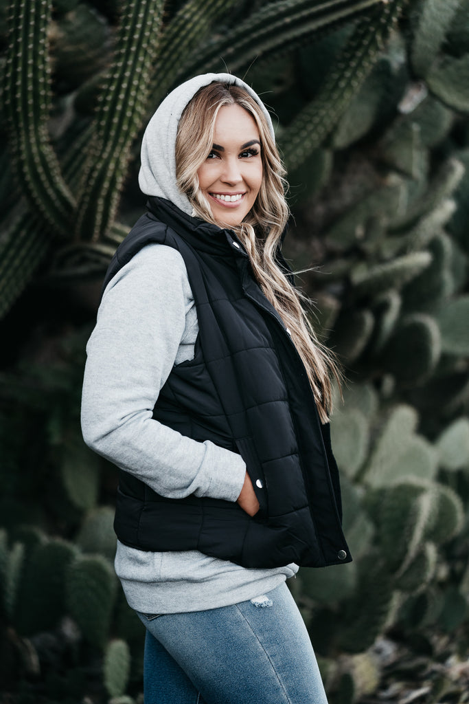 Essentials Vest Black