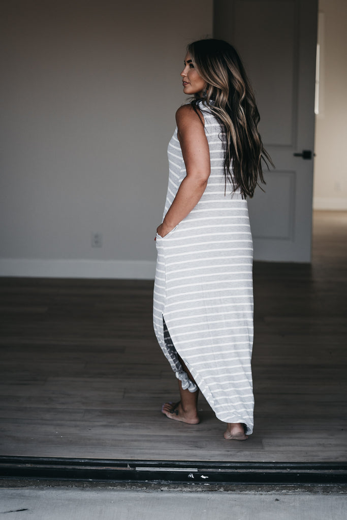Sleeveless Weekender Maxi Grey
