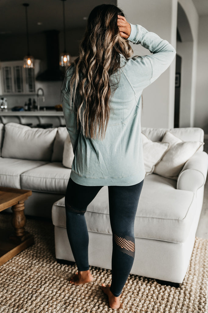 Weekend Vibes Pullover Mint