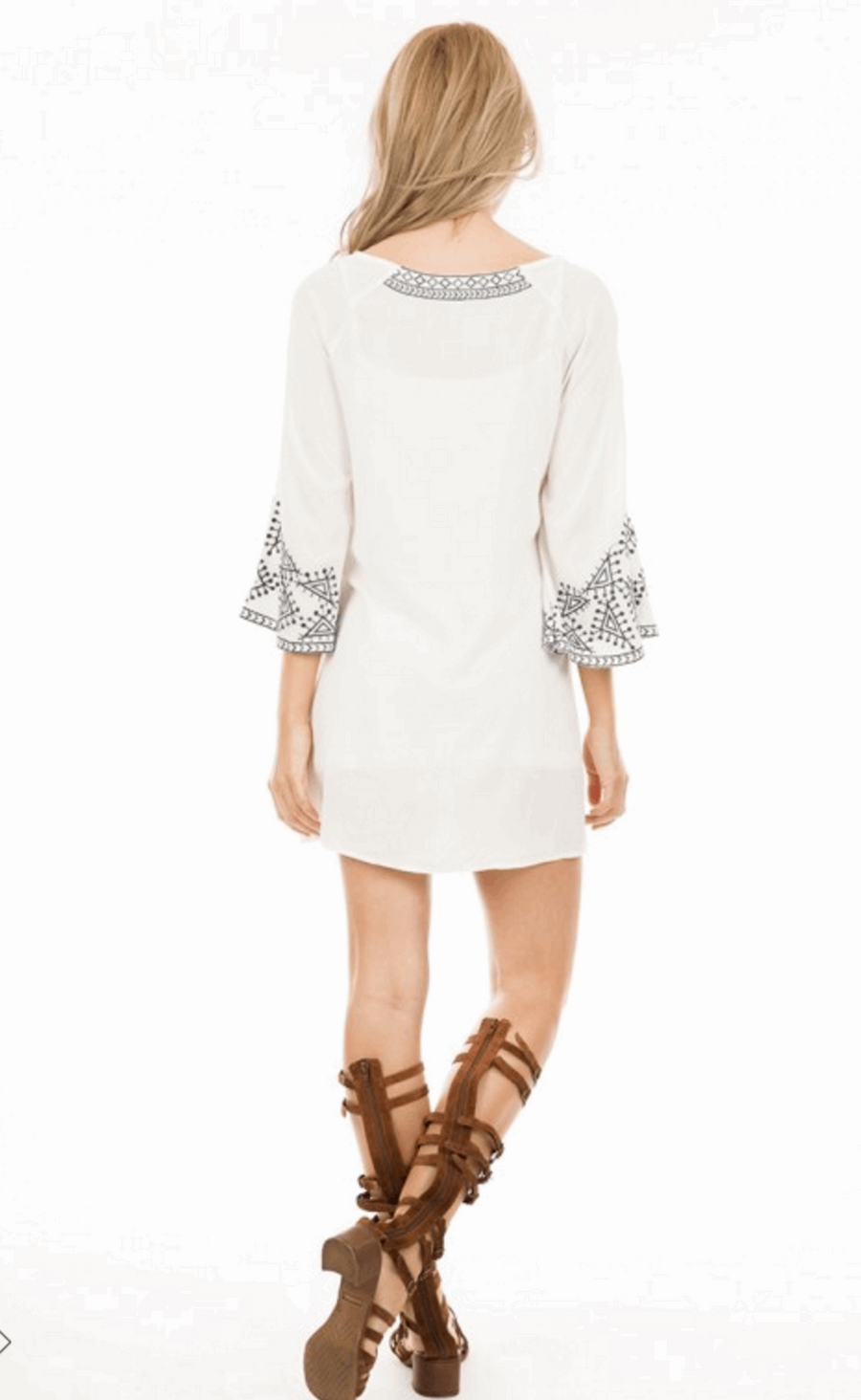 Embroidered Dress with 3/4 Bell Sleeves in Off White from Monoreno | Beauty Cafe - 3