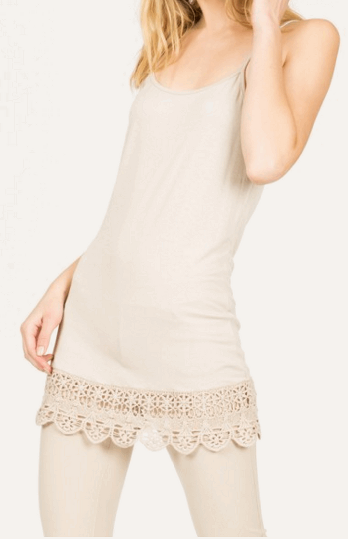 Camisole with Crochet Hemline in Cream from Monoreno | Beauty Cafe - 1