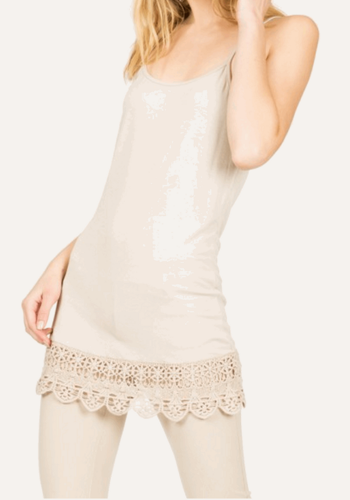 Camisole with Crochet Hemline in Cream from Monoreno | Beauty Cafe - 3
