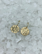 Load image into Gallery viewer, gold disc earrings, leopard pattern earrings, animal inspired earrings, hand hammered earrings, hnadmade earrings, handmade gold earrings, gold-fill disc earrings, Baskin earring, Jungle chic