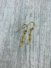 Load image into Gallery viewer, Three Links Gold Paperclip Earrings