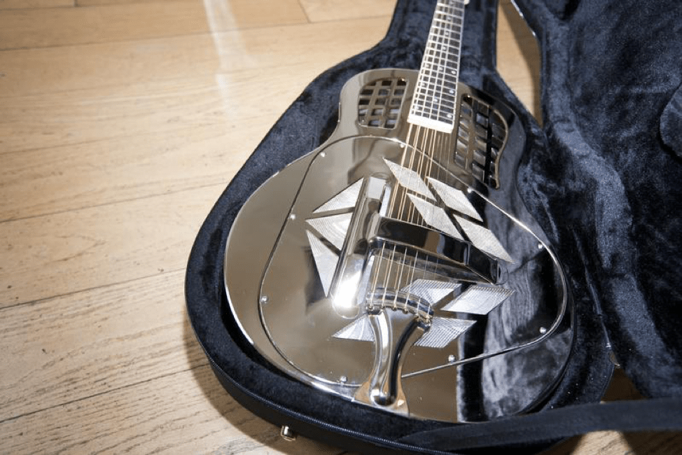 4 Vital Tips for the Care and Maintenance of Your Guitar
