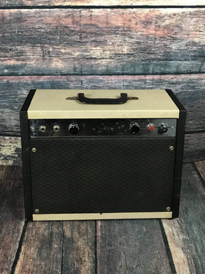 Airline Amp Used Airline Model 62-9022A 5w Tube Combo Amp