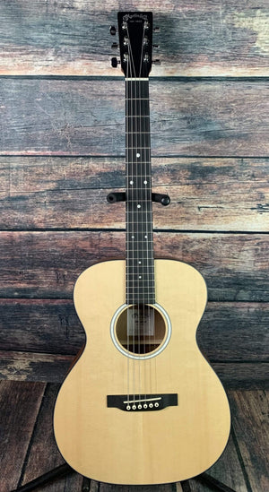 C.F. Martin Guitars Acoustic Guitar Martin Junior Series 000JR-10 Acoustic Guitar with Martin Bag