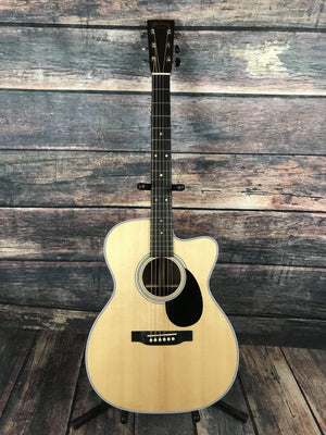 C.F. Martin Guitars Acoustic Guitar Used Martin 2017 OMC-28E Acoustic Electric Cutaway with Martin Case