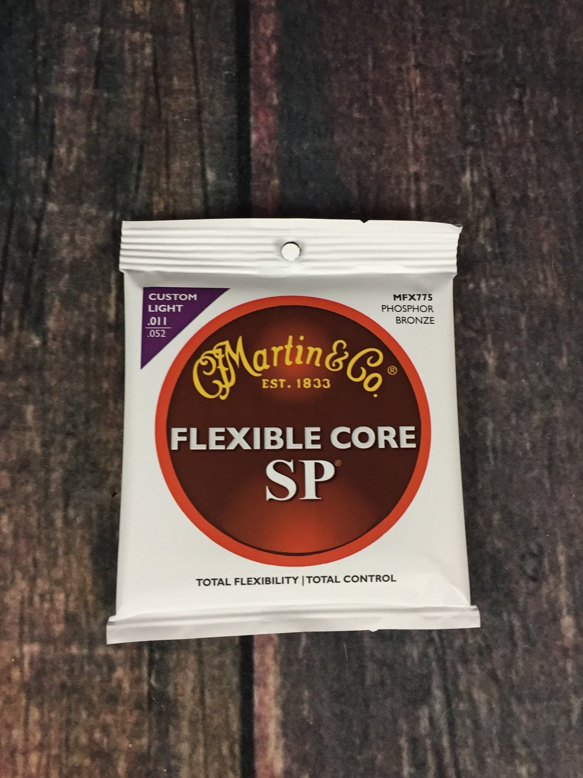 C.F. Martin Guitars Strings Martin MFX775 Custom Light Flexcore Acoustic Guitar Strings